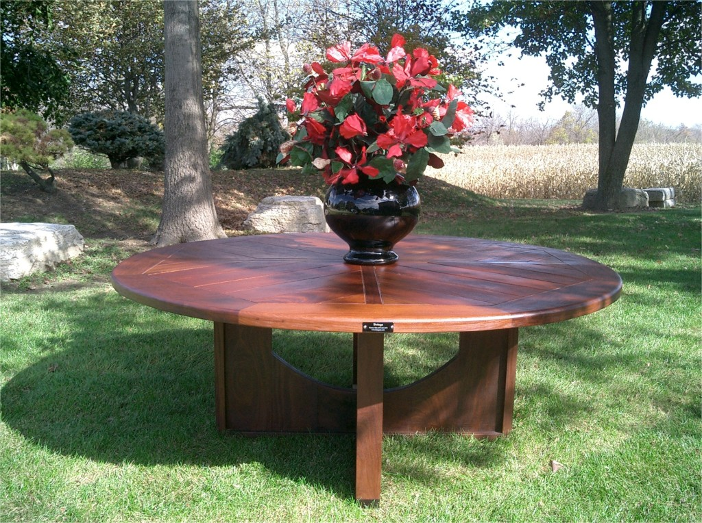 Ipe Round Dining Table